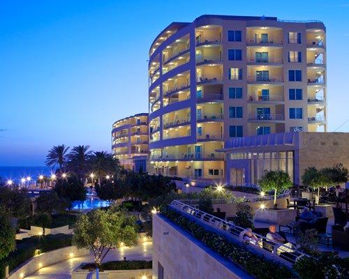 Island Residence Club Radisson Blu Resort Malta Golden Sands image