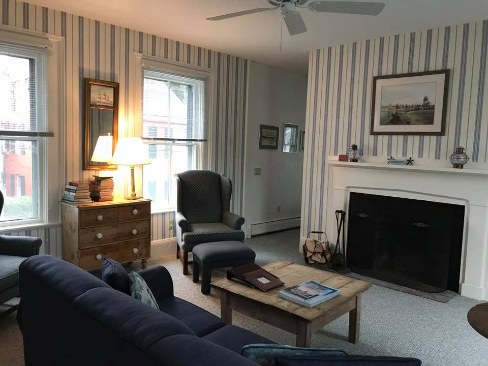 Mariner House image