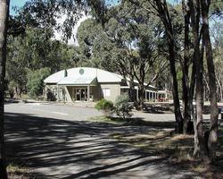 Kyneton Bushland Resort image