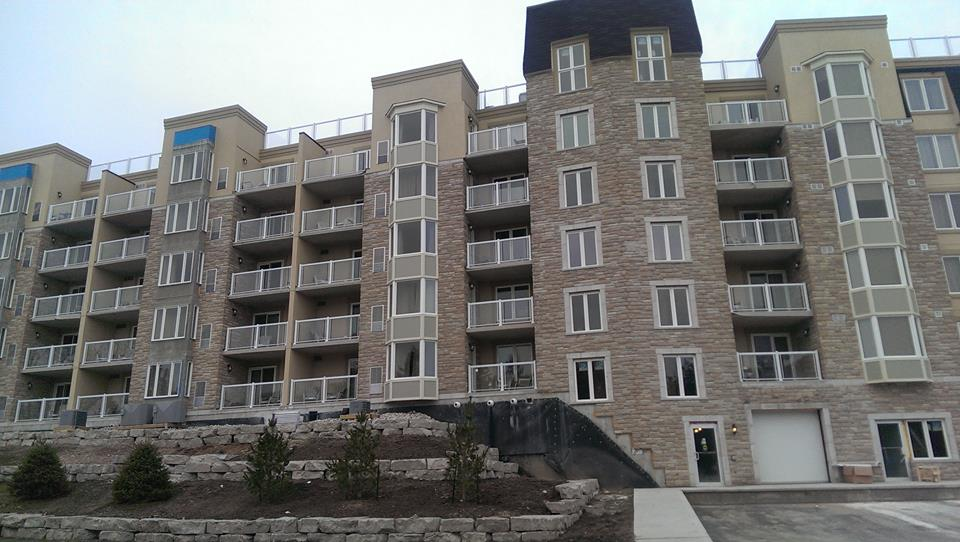 Cranberry Waterfront Suites and Country Club image