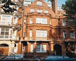 Sloane Gardens Club image