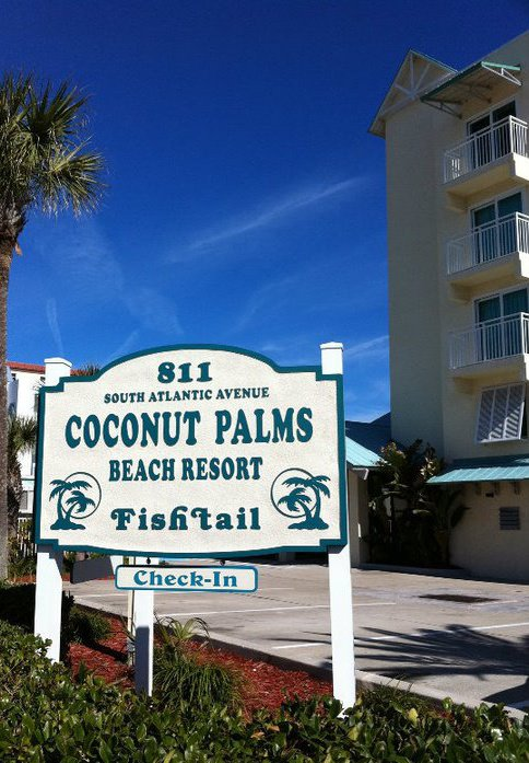 Coconut Palms Beach Resort I image