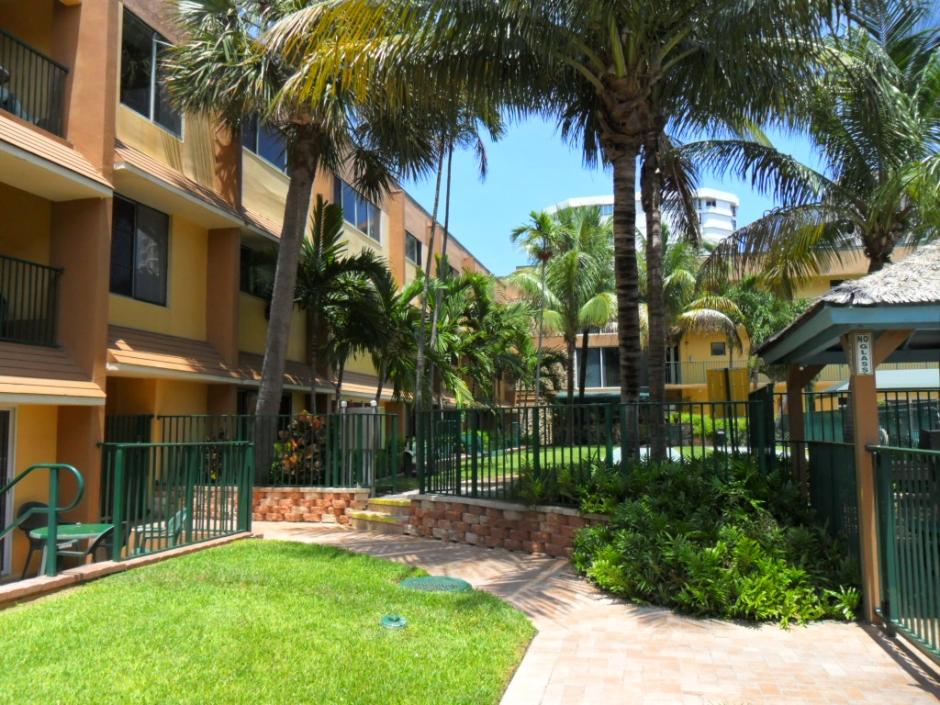 Surf Rider Resort Condominium image