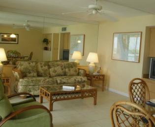 Sunrise Bay Resort & Club image