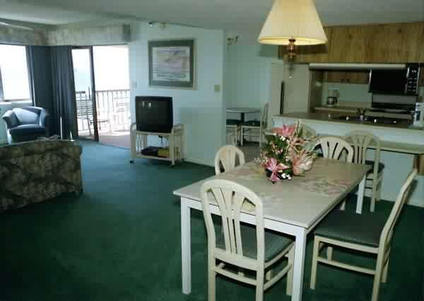 Camaron Cove image