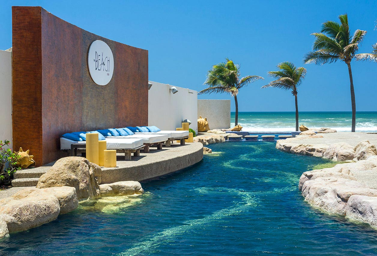 Elegant Mayan Sea Garden Acapulco Photo