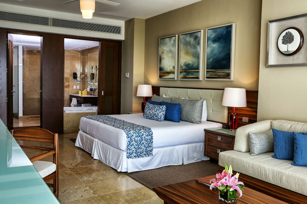 How To Rent A Room At The Grand Bliss Riviera