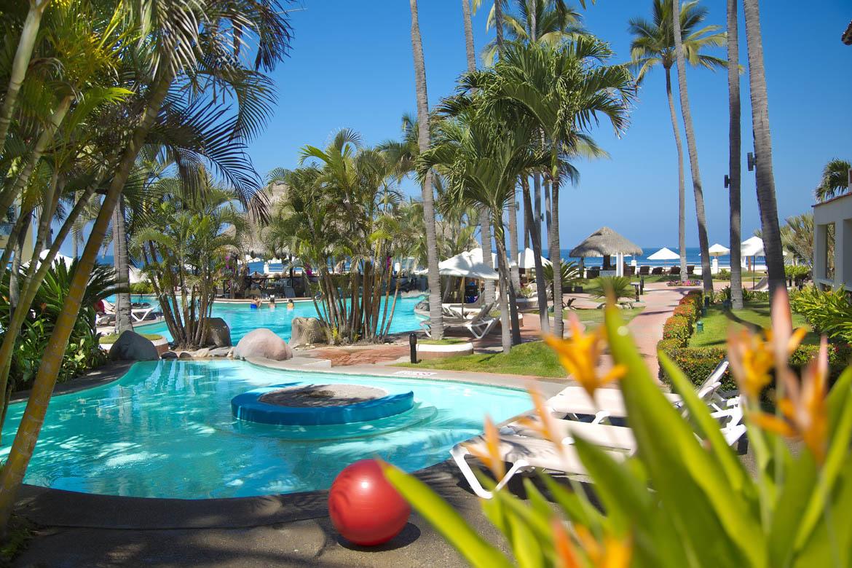 Shell Vacations Club Hotel Plaza Pelicanos Grand Beach image