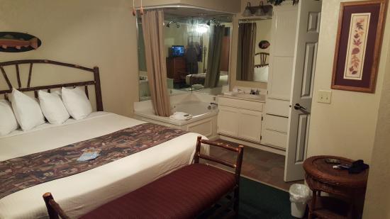 Holiday Inn Club Vacations Fox River Resort image