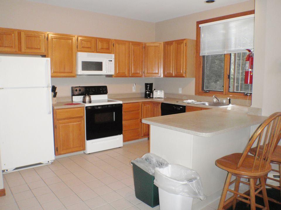 Crown Ridge Resort image