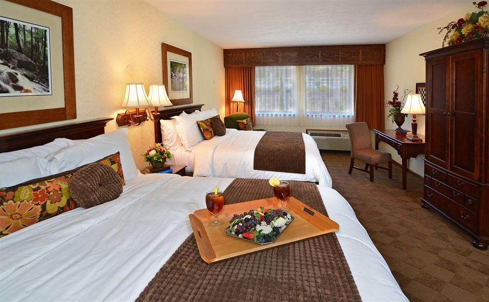 Chetola Resort image