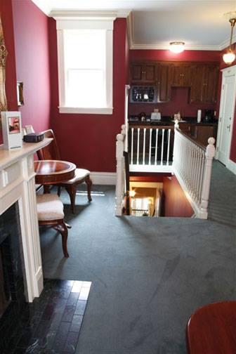 Nob Hill Inn image