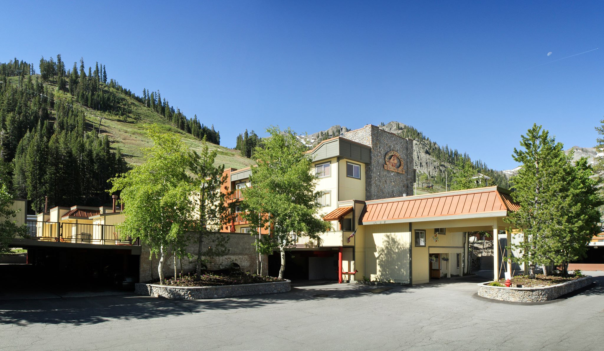 Red Wolf Lodge at Squaw Valley image